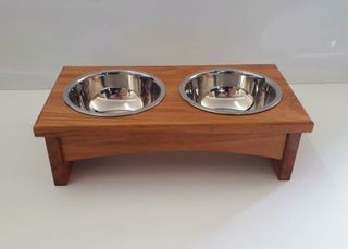 Double bowl dog feeder