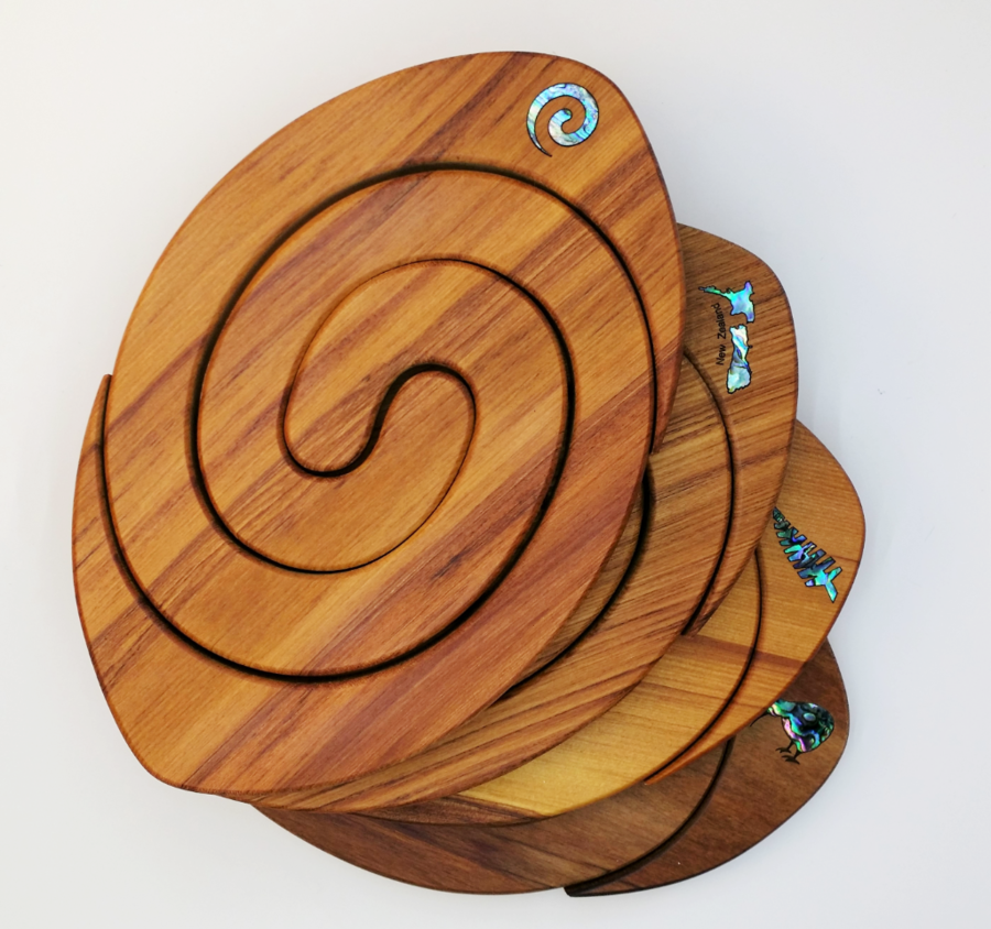 Mini Rugby Tablemat - Paua Inlay